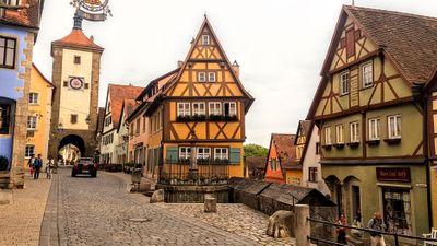 Rothenburg ob der Tauber for boho weddings in Germany