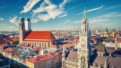 Host a destination wedding in Munich