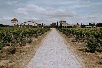 Vineyard weddings venues in France