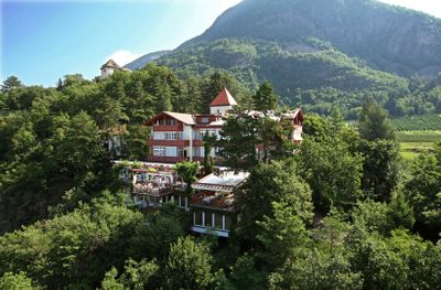 Mountain wedding venue in Italian Dolomites