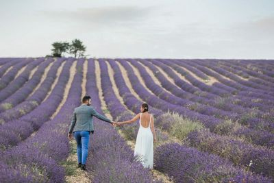 Elopement location in the lavender fields of Provence