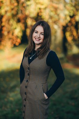 Aine is a wedding planner in Ireland with Peach Perfect Weddings
