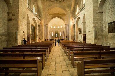 Catholic churches and abbeys for a Religious wedding in France