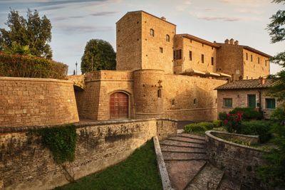 Castle wedding venue in Tuscany